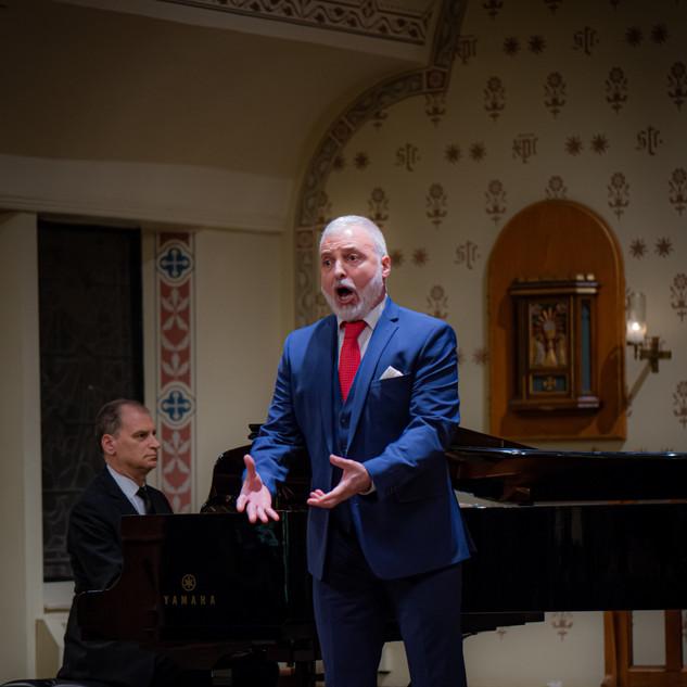 Gustavo Ahualli
