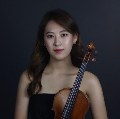 Hyojin Ellen Kim, violinist