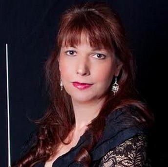 Elaine Rinaldi, condictor