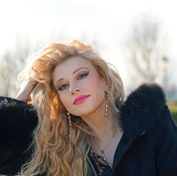 Joanna Parisi, soprano