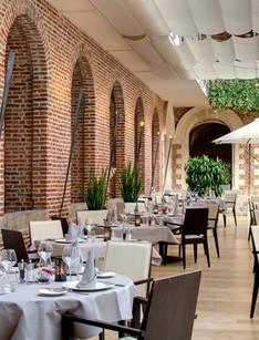 Hôtel Restaurant Couvent des Minimes ★★★★