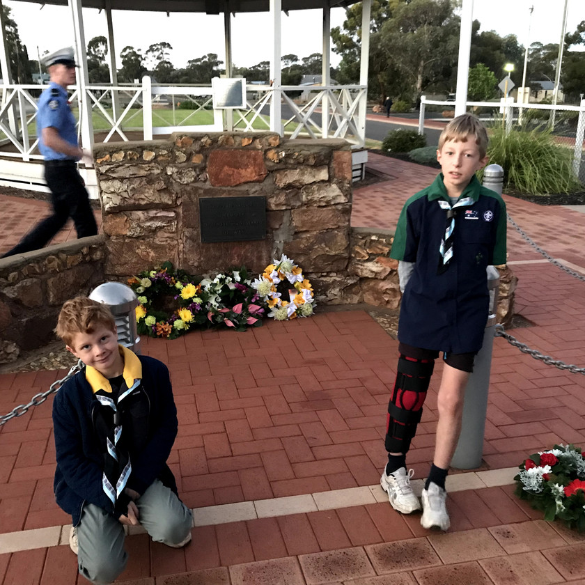 Boys at Norseman ANZAC dawn service