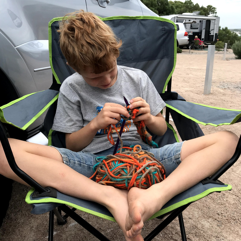 chase learning to knit