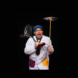 Dr Quark doing scientific circus experiments