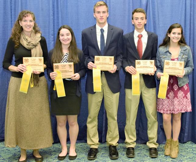 A 4-H SKILLATHON TEAM from Woodford County finished fifth overall at the North American International Livestock Exposition in Louisville on Nov. 13. From left are Coach Theresa Vanzant, Eliza Lavin, Matt Vanzant, Cole Vanzant and Chloe Wagener. (NAILE photo)