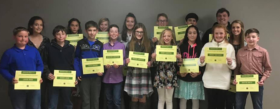 Woodford County 4-H Youth with their Certificate of Excellence in Agriculture Achievement at the 2018 Woodford County 4-H Achievement Banquet. Pictured, from right, Logan Rudd, Chloe Wagener, Manus Lavin, Elizabeth Vanzant, Trevor Varner, Bradford Lacefield, Gillian Brown, Brianne Lacefield, Carson Probst, Gabby Gampper, Marissa Chavez, James Chavez, Emorey Metzger, Sam Smarr, Brenna Dotson and Griffin North. (Photo submitted)