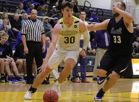 Yellow Jackets enter district play on three game winning streak
