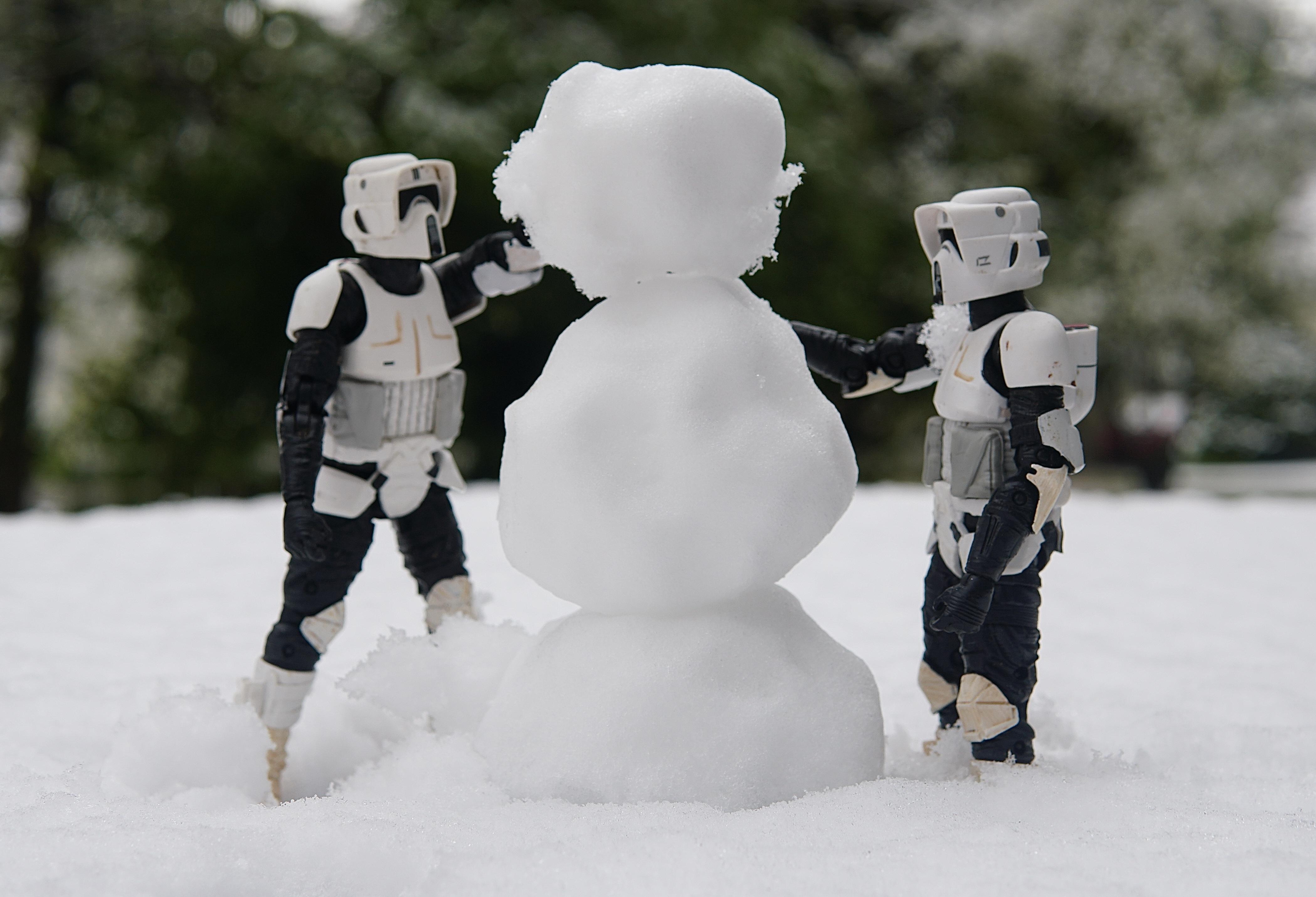 Cooper Caine snow photo 2