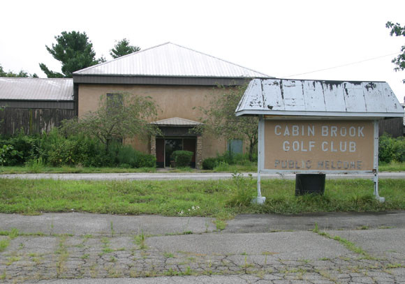 THE BROOK GOLF CLUB, formerly Cabin Brook, which is located on the north side of Lexington Road, has seen better days. A pending sale between Frontier Nursing University and Kentucky United Methodist Homes for Children and Youth, along with a lease that expired at the end of 2016, are reasons why the course remains closed. (Photo by John McGary)