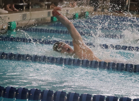 Swimming to state - Jacketfish earn 20 state meet qualifiers, set three school records at Region 6 m