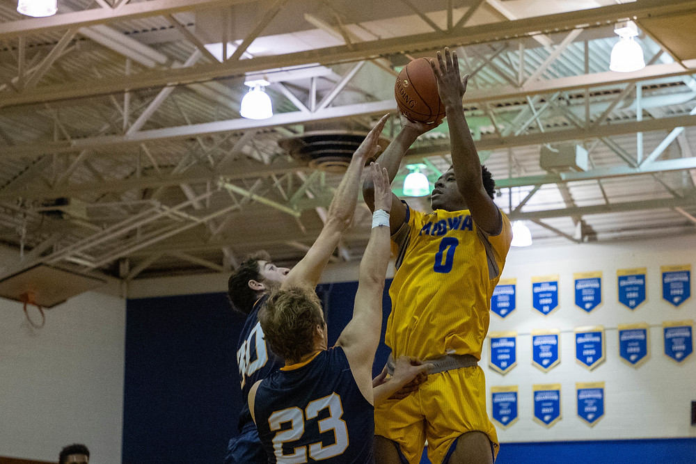 MIDWAY UNIVERSITY SOPHOMORE KWON EVANS had big game with a career-high 32 points to go with a career-best 16 rebounds in Midway's 95-83 victory over Alice Lloyd College last week. (Midway University photo)
