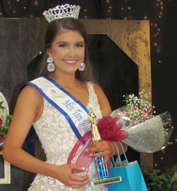 Miss Teen Woodford County Fair