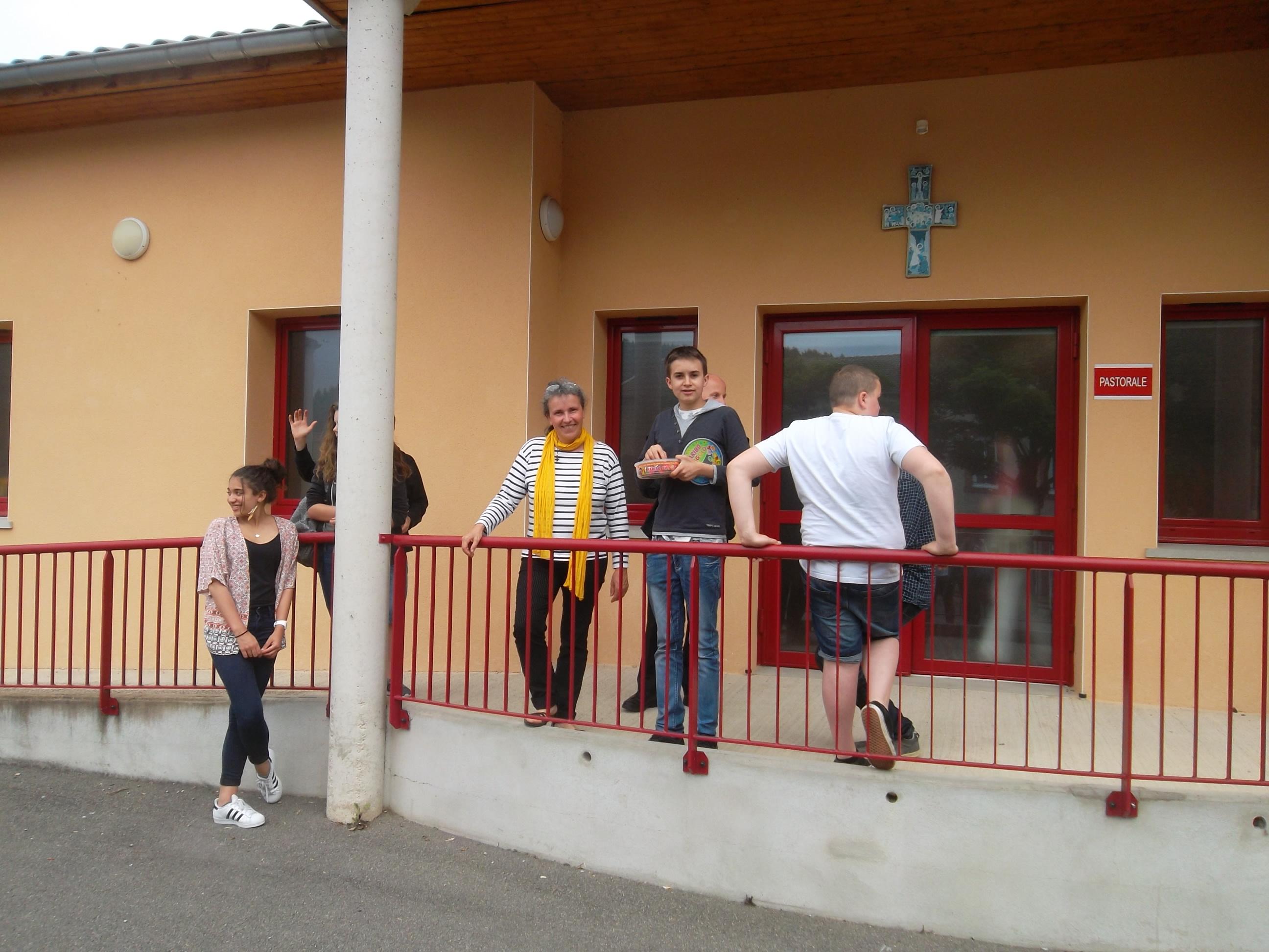 préparation_confirmation_salle_de_la_pastorale