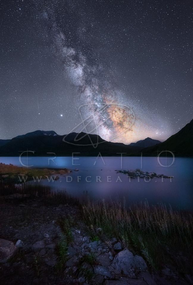SIN-071_Natural Night.jpg
