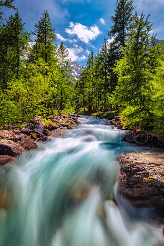SIN-051_Waterflow.jpg