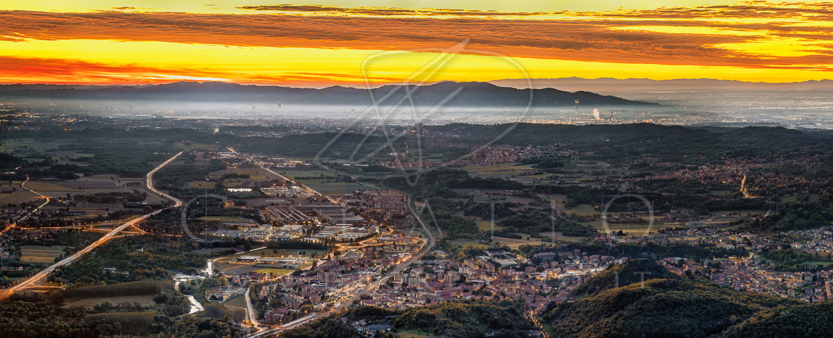 PAN-041_Sunrise over Turin district_65x_