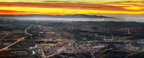 PAN-042_Sunrise over Turin district_65x_