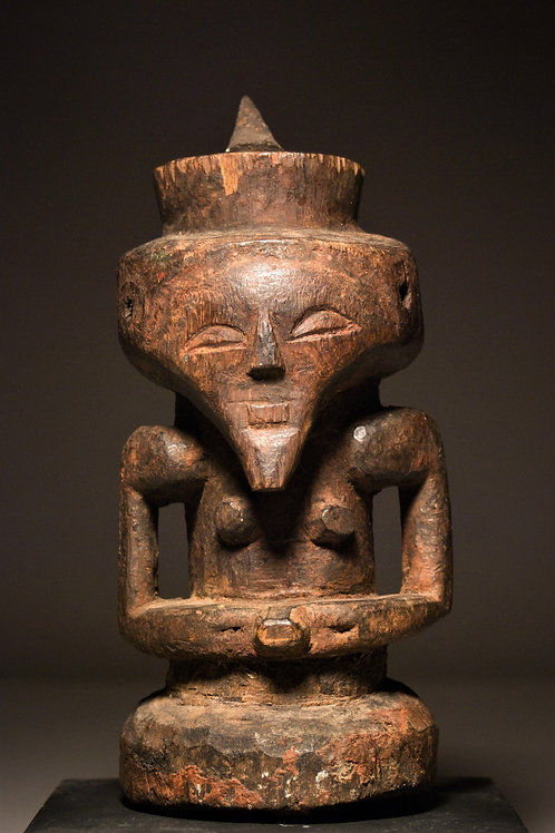 Kasongo healer's half figure