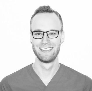 Dr. med. dent. Florian Gfeller