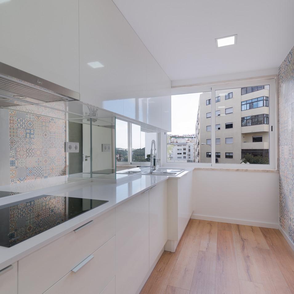 Cozinha Apartamento Linda-a-Velha