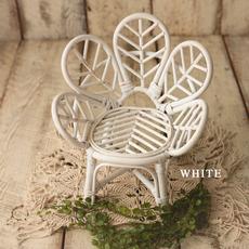 Rozzi_White Mini Peacock Chair