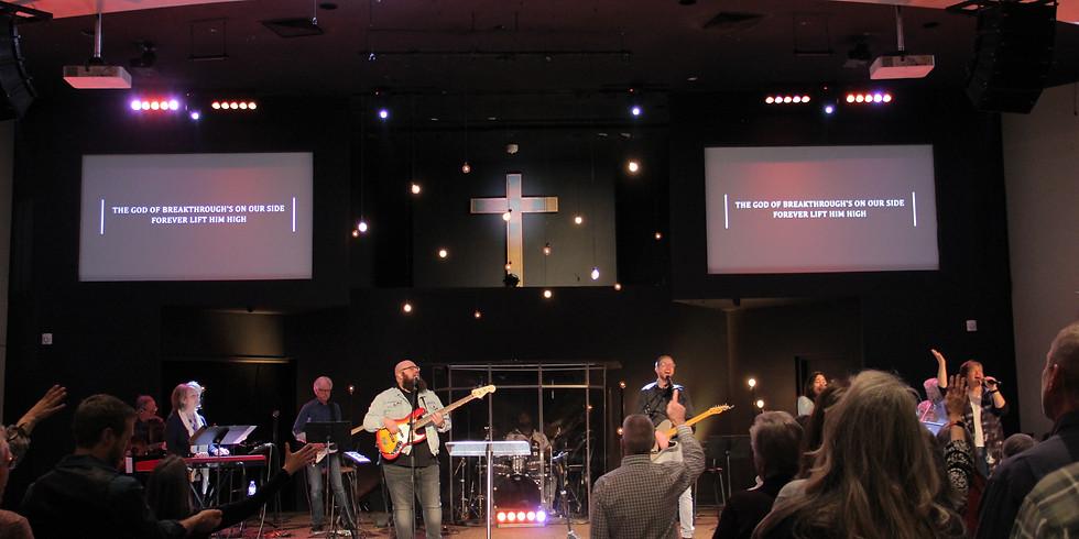 9:30 am Sunday Church Service