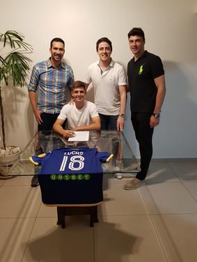 Lucas e SportsMaxi prolongam parceria