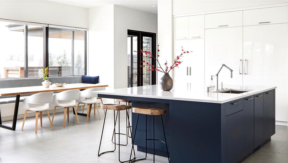 Luxury Ridge View Home Design - Design by Phase One Design