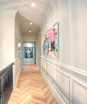 Hallway gallery - Calgary luxury home de