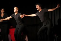 מופע תיאטרון פלייבק החבר׳ה מאיכילוב