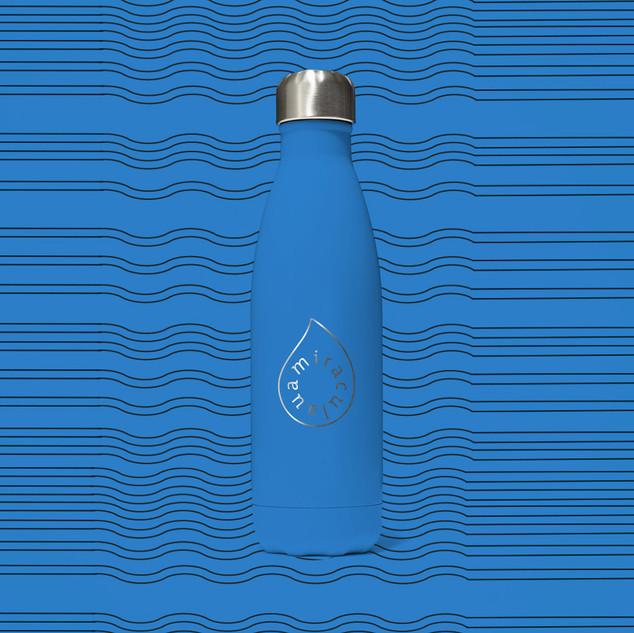 Branding Productshot 1 Miraculaua Bottle