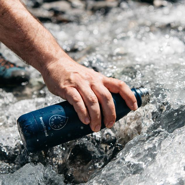 Wasser Flasche Claudio.jpg