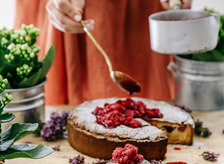 Almond Tart with fresh Berry Compote