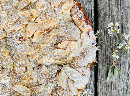 Apple Tarte topped with toasted Almonds