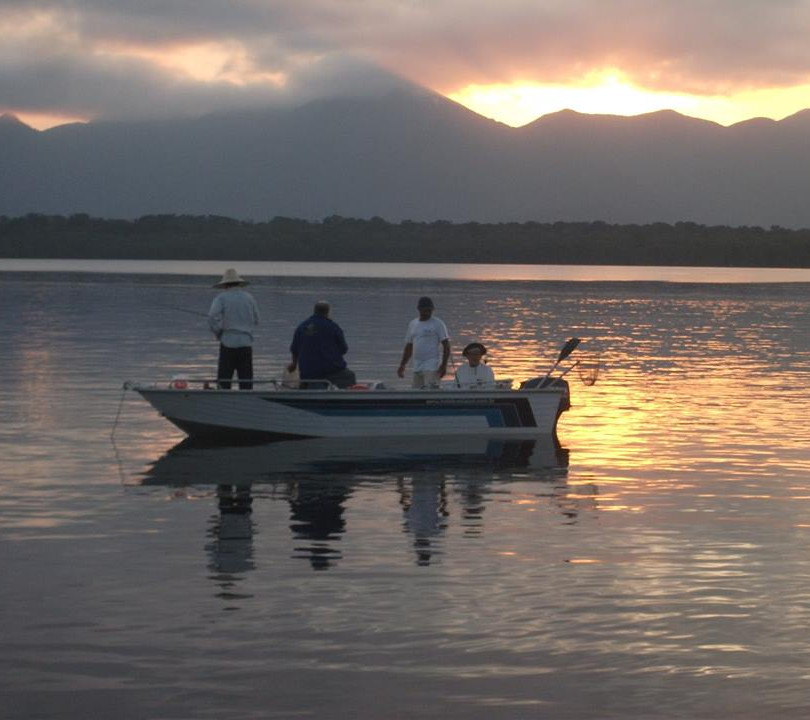 Barcos de aluminio e Lanchas para pescaria