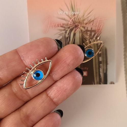 mucho ojo earrings