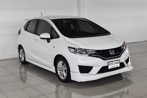 HONDA JAZZ 1.5V 2015 WHITE