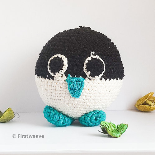 Penguin Ball Black with Turquoise Flippers