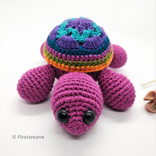 Turtle Rattle Magenta