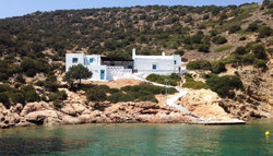 Explore nearby Cyclades islands
