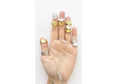 navigate-signet-rings-open-hand-sharlala