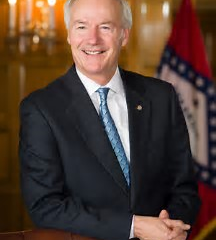 Governor Hutchinson announces Arkansans may now register vehicles online