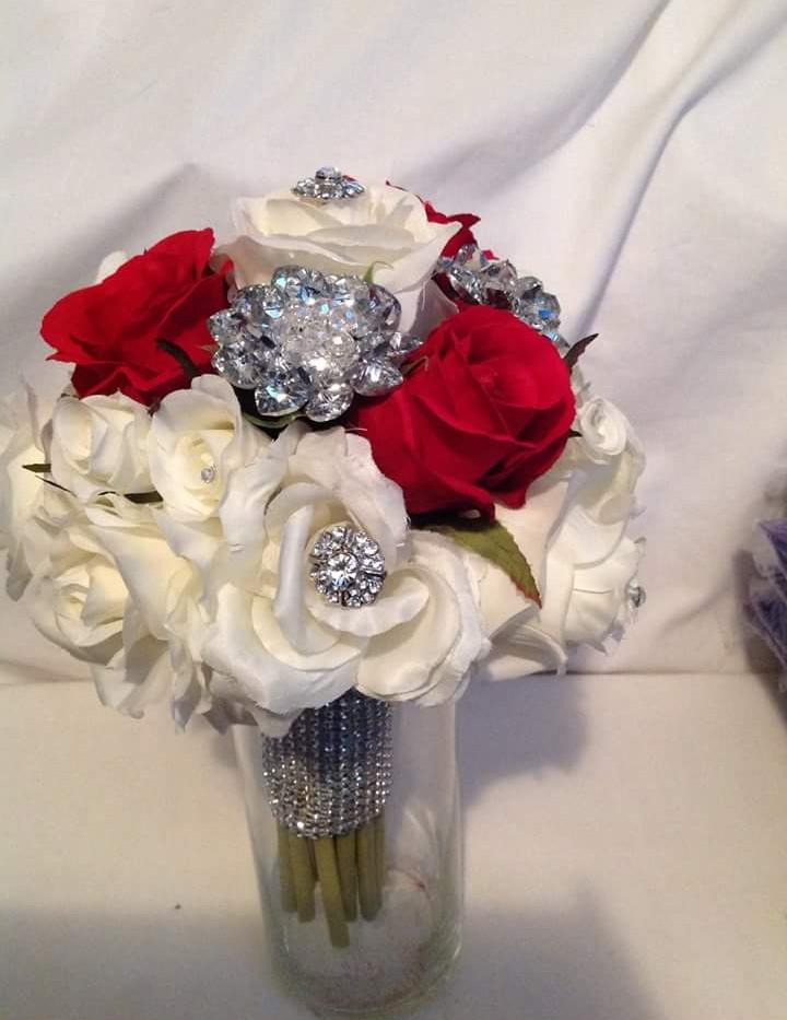 Brides brooch bouquet