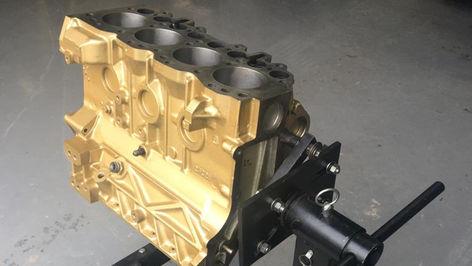 Land Rover Defender 200TDi Engine Block