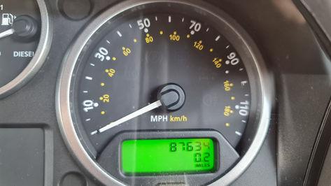 Land Rover Defender Speedo