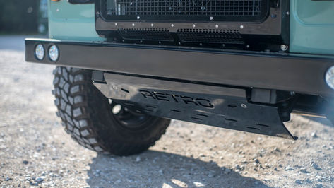 Land Rover Defender 90 Retro Steering Guard