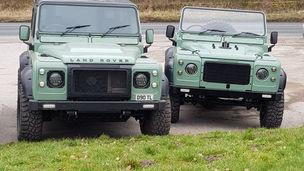 Land Rover Defender 90's