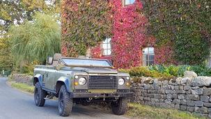 Land Rover Defender 90 Wolf