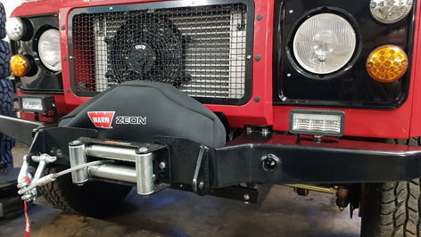 Land Rover Defender 90 Winch