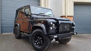 Land Rover Defender 90 Station Wagon